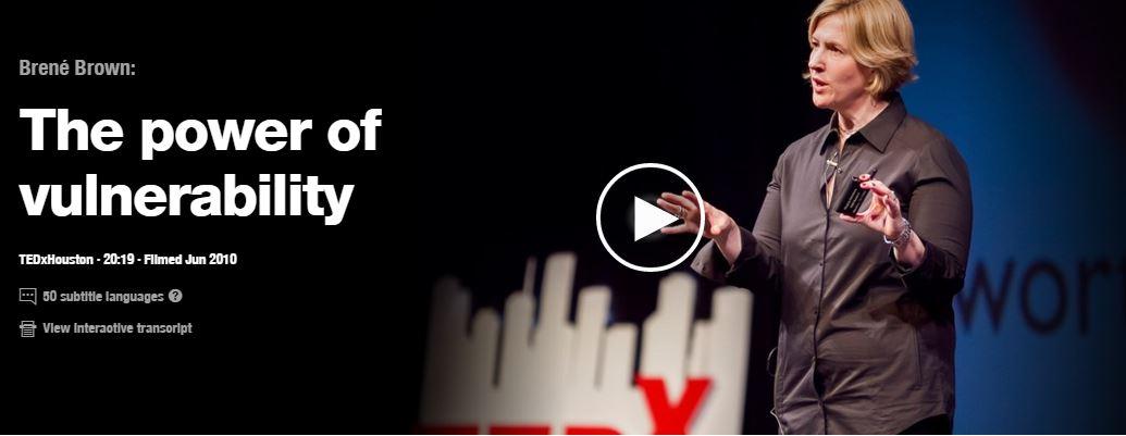 Brene Brown spreekt over de kracht van kwetsbaarheid